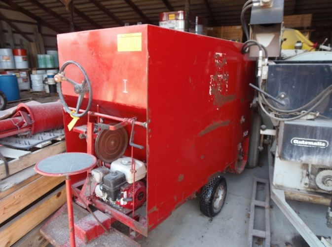 2007 Gruetts UEBLER 812 Feed Cart For Sale