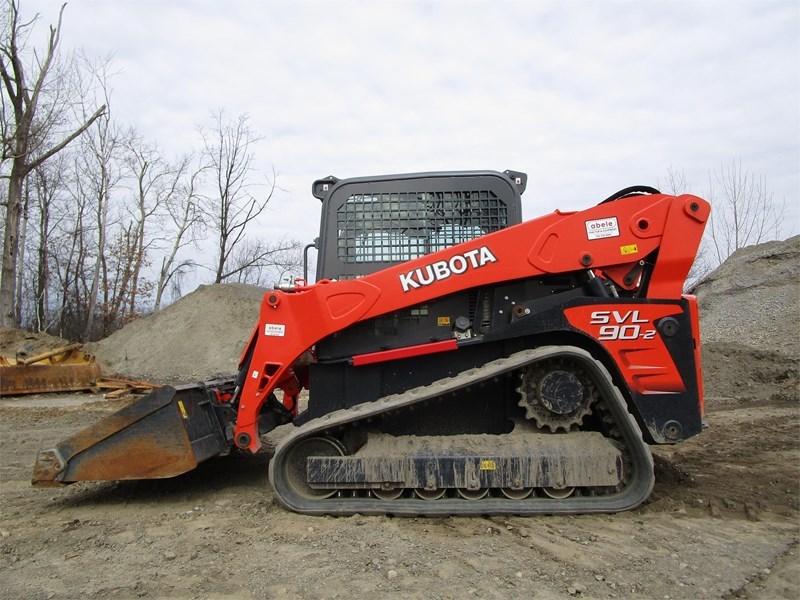 2015 Kubota SVL90-2 Image 2