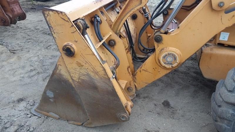 2001 Case 580SM Image 5