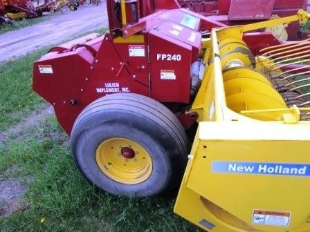 2013 New Holland FP240 Image 3