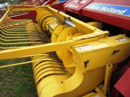 2013 New Holland FP240 Image 4