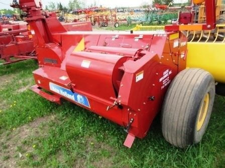 2013 New Holland FP240 Image 6