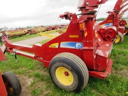 2013 New Holland FP240 Image 11