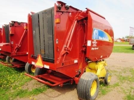 2008 New Holland BR7060 Image 7