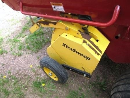 2008 New Holland BR7060 Image 12