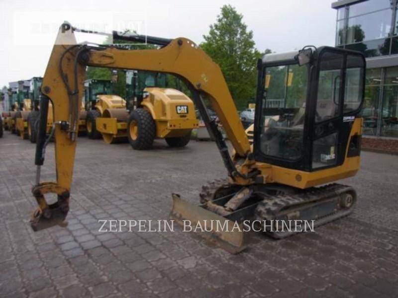 2011 Caterpillar 302.5C Image 4