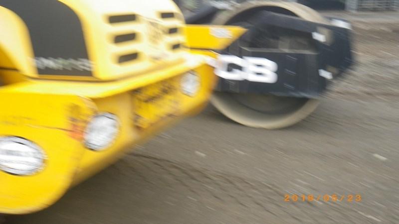 2007 JCB VM115D Image 7