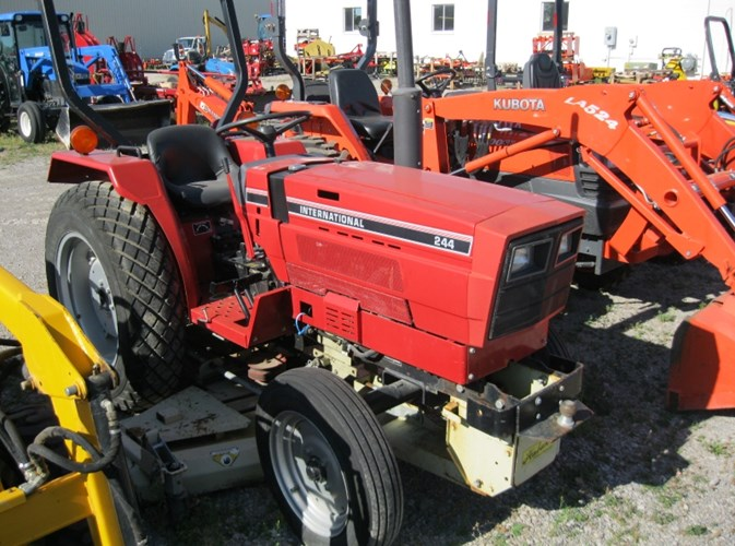 1984 International 244 Tractor For Sale