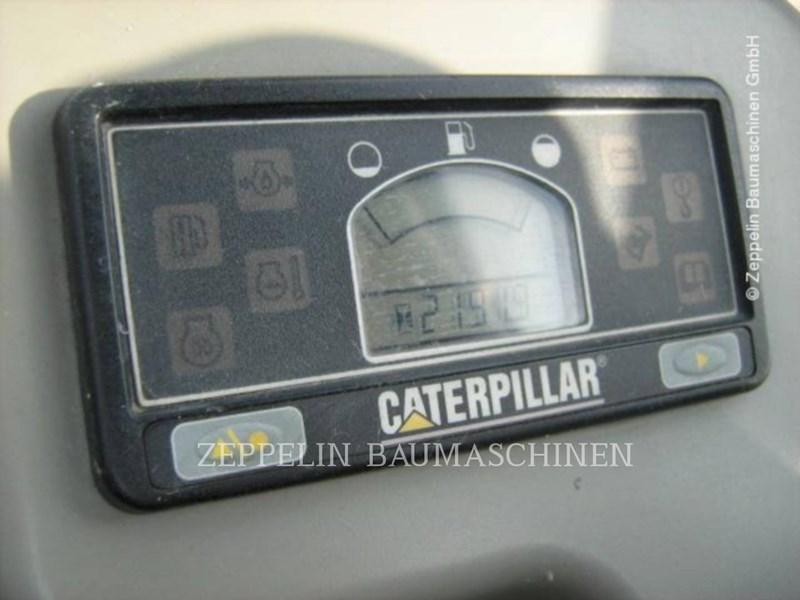2006 Caterpillar 302.5C Image 2