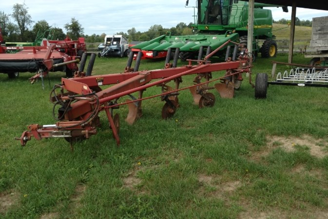 Case IH 720 5 BOTTOM PLOW Tillage For Sale