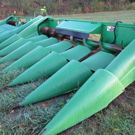 2003 John Deere 693 Combine Header-Corn For Sale