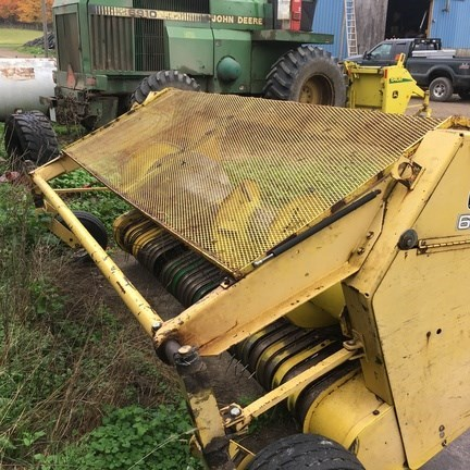 John Deere 630 Forage Head-Windrow Pickup For Sale