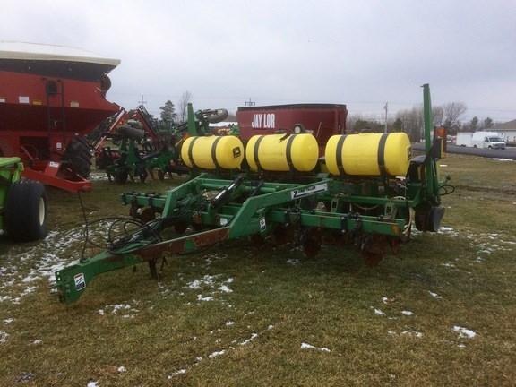1999 John Deere 1750 Planter For Sale
