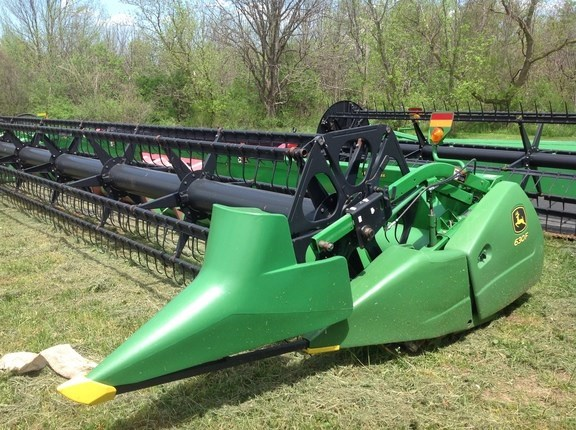 2009 John Deere 630F Header-Auger/Flex For Sale