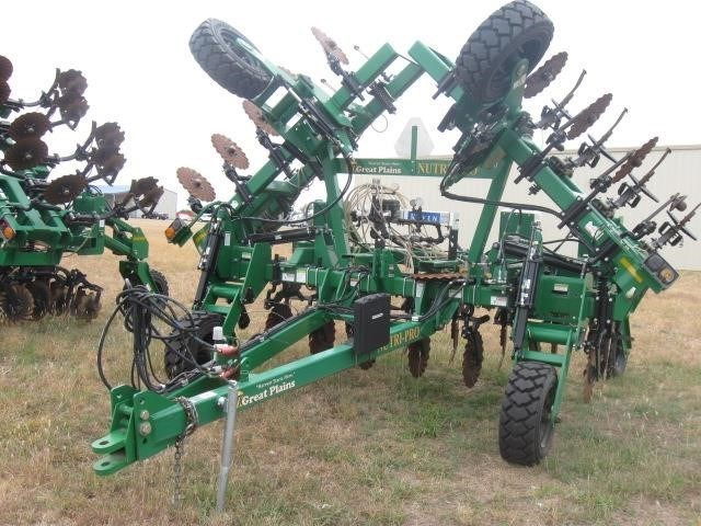 2013 Great Plains NP30 Fertilizer Spreader For Sale