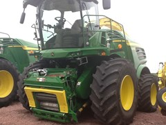 Forage Harvester-Self Propelled For Sale 2016 John Deere 8700