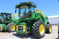 Forage Harvester-Self Propelled For Sale 2015 John Deere 8600