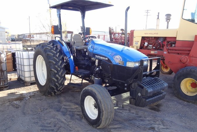 2002 New Holland TN70 Tractor For Sale