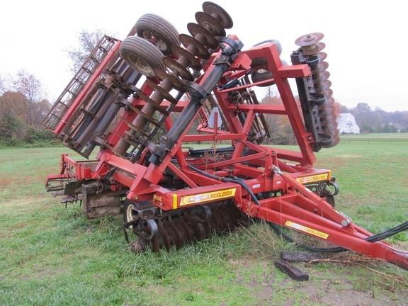 2010 McFarlane RD4030RB Vertical Tillage For Sale