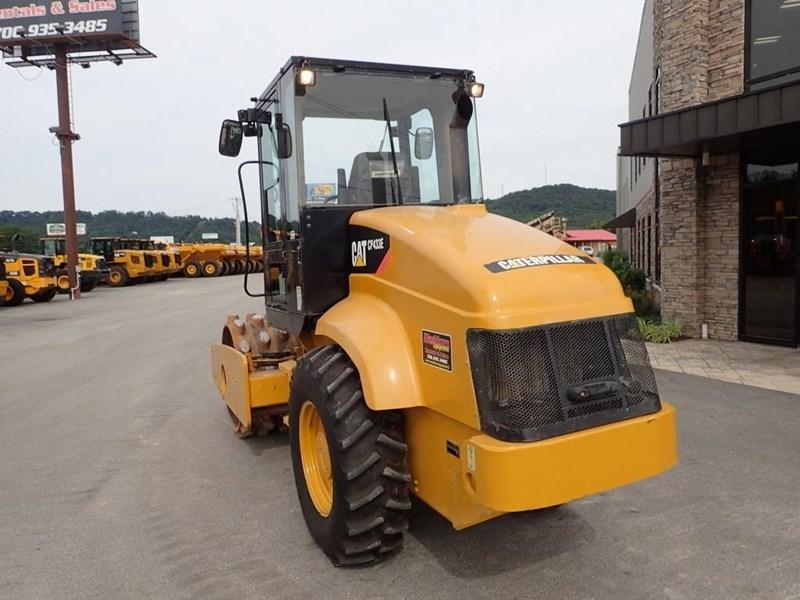 2007 Caterpillar CP-433E Image 4
