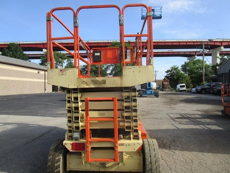 2009 JLG 4069LE Image 2