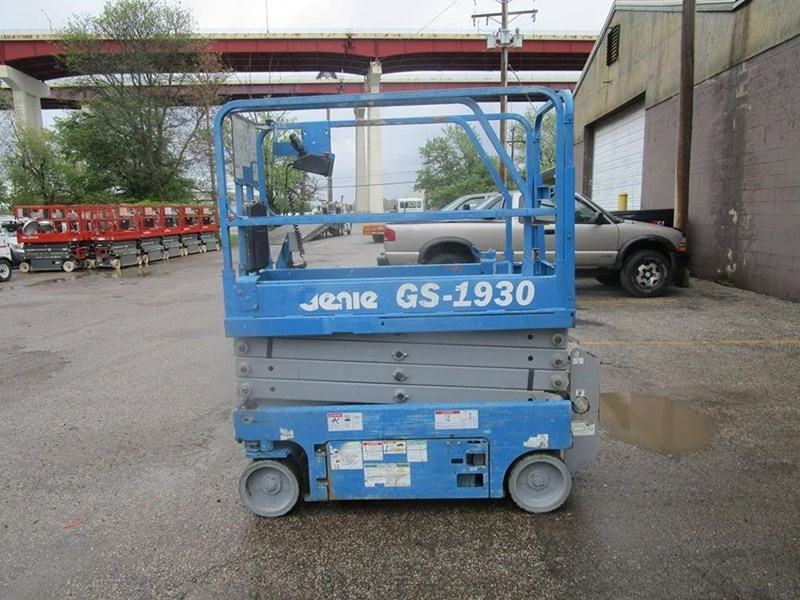 2012 Genie GS1930 Image 1