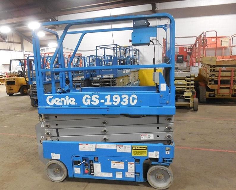 2011 Genie GS1930 Image 2
