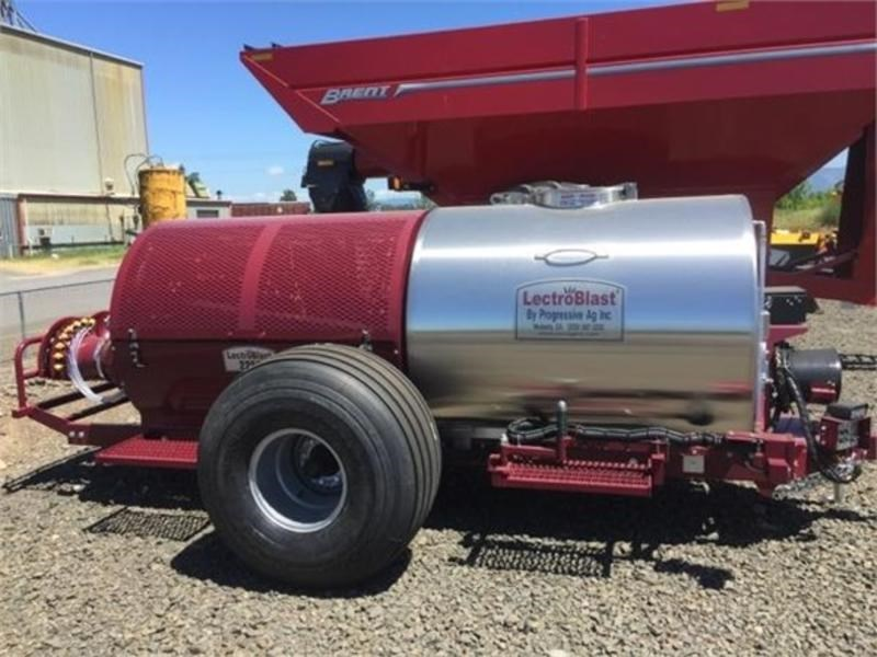 2017 Other 2250 Sprayer-Pull Type For Sale