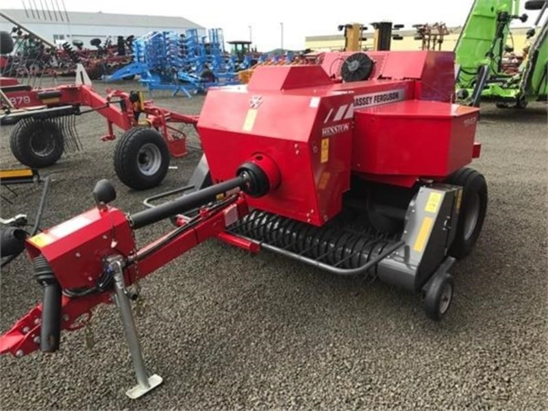 2016 Massey Ferguson 1842 Baler-Square For Sale