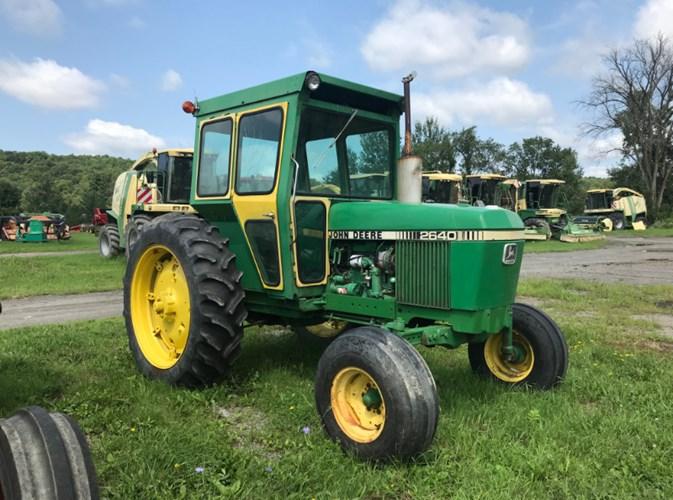 John Deere 2640 Tractor For Sale