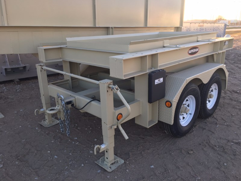 2016 Superior Dewatering Screen Chassis Only 4x8 Aggregate Washing Equipment For Sale