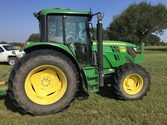 2013 John Deere 6115M Tractor - Utility For Sale