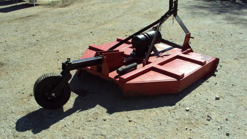 Kodiak Well built 3pt 5' Kodiak brush hog mower w/ slip c Image 3
