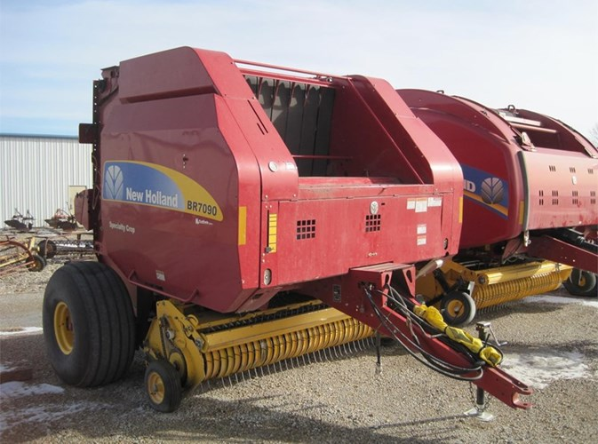 2013 New Holland BR7090 Baler-Round For Sale » New Holland