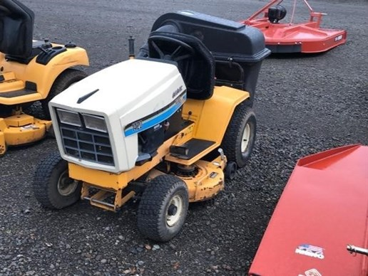 Riding Mower For Sale:  Cub Ca[...]
