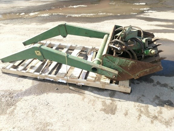 1976 John Deere 37 LOADER Front End Loader Attachment For Sale