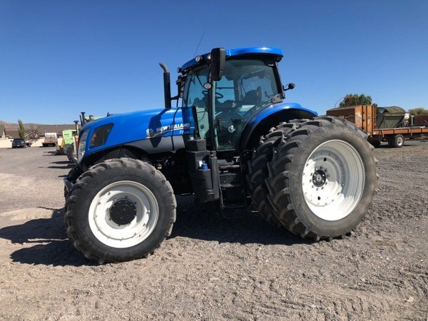 2015 New Holland T7.245 Tractor For Sale