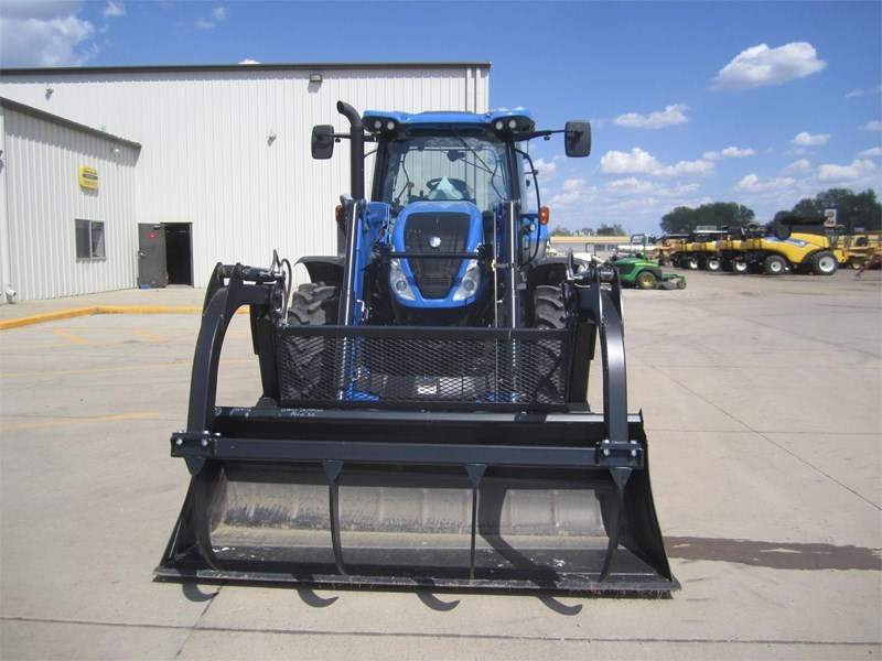 2016 New Holland T6.155 Image 2
