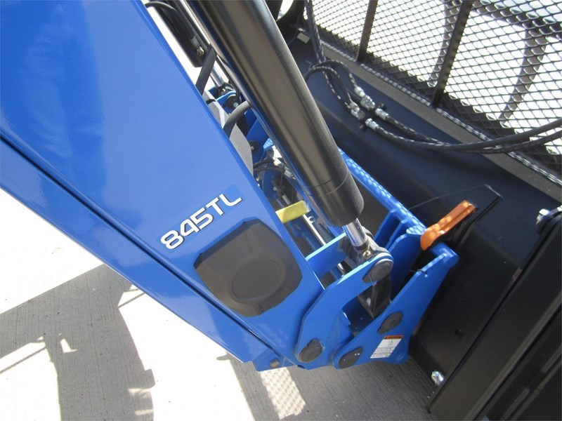 2016 New Holland T6.155 Image 8