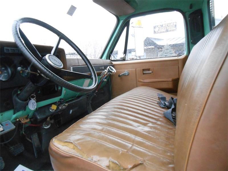 1988 GMC 7000 Image 15