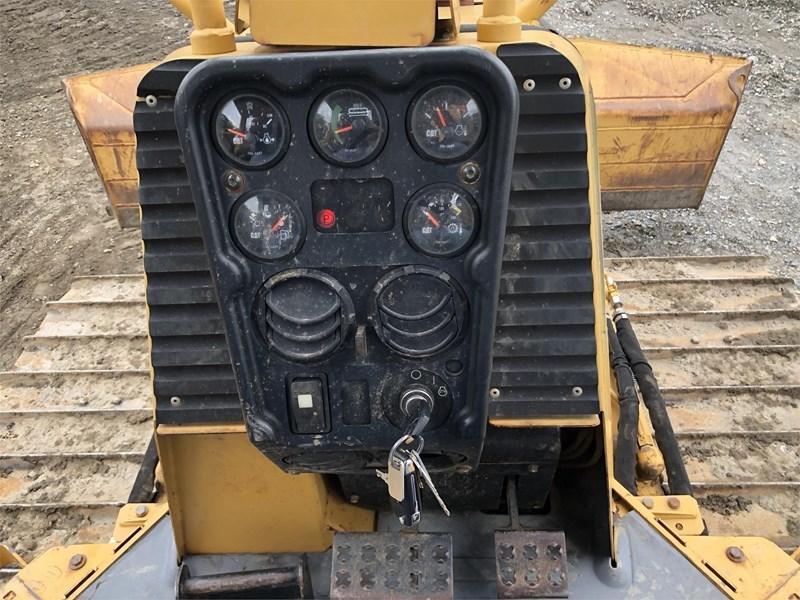 2006 Caterpillar D4G LGP Image 32