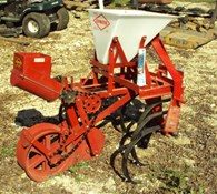Other Covington one row planter w/ cultivator Thumbnail 1