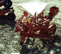 Other Covington one row planter w/ cultivator Thumbnail 2