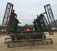 2017 Great Plains 2400TM Thumbnail 3