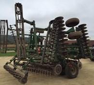 2017 Great Plains 2400TM Thumbnail 4