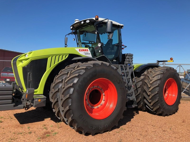 2018 CLAAS XERION 5000 TRAC Image 1