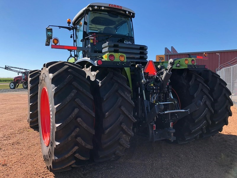 2018 CLAAS XERION 5000 TRAC Image 2