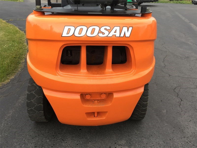 2012 Doosan G45S-5 Image 3