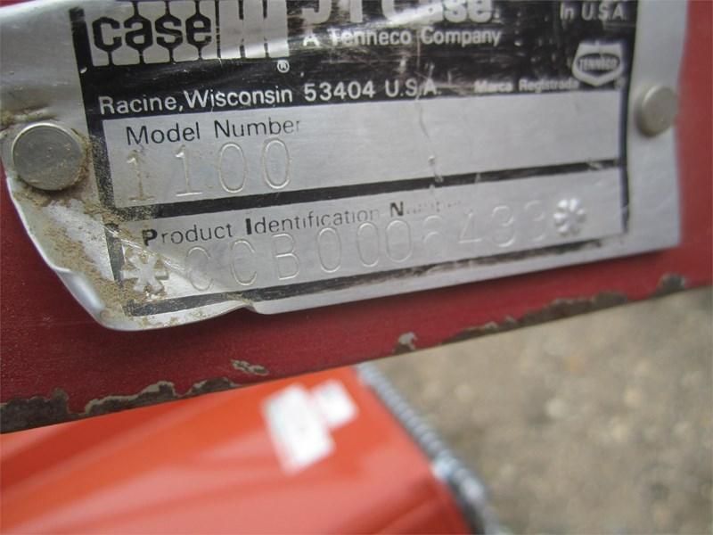 1992 Case IH 1100 Image 4