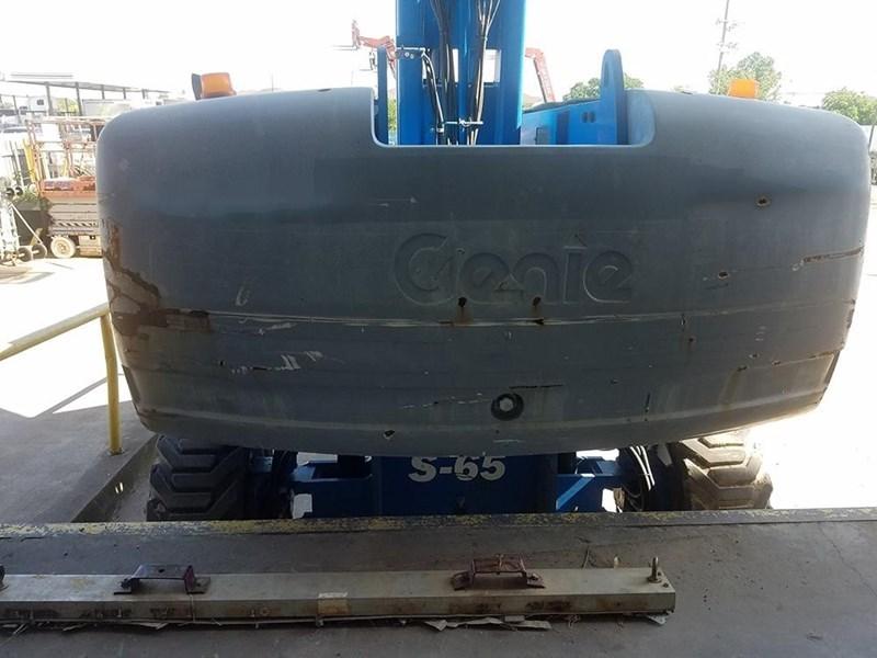 2011 Genie S65 Image 3